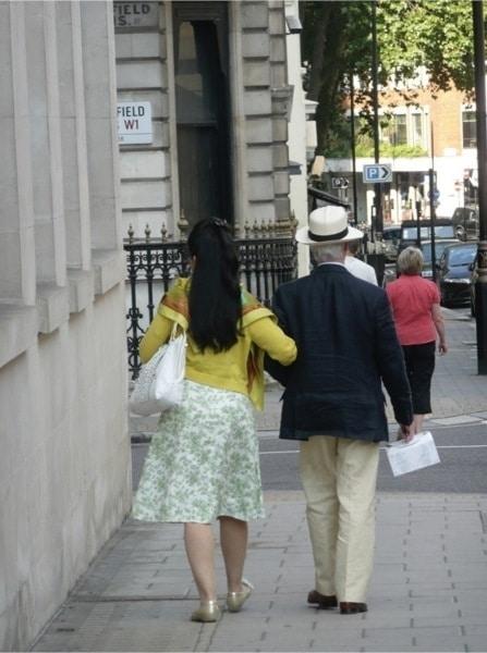 A-Walk-in-London.jpg-nggid03253-ngg0dyn-800x600x100-00f0w010c010r110f110r010t010
