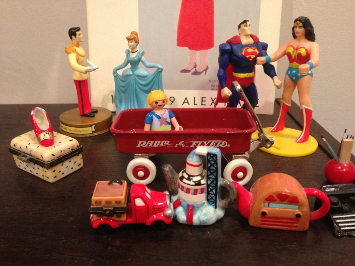 keepsakes-with-radio-flyer-and-figuringes